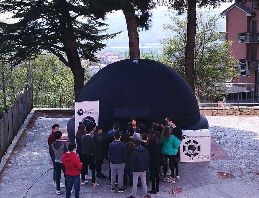 il planetario delle Marche a scuola